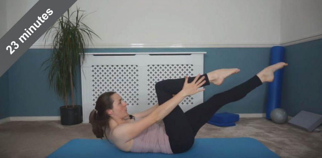 Abdominal focus Pilates class